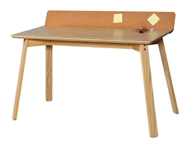 Escrivaninha Easy – Design de Gabriela Kuniyoshi e Vinícius Lopes Leites/ São Paulo (SP)